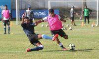 La Selección Nacional Sub 23 siguió este martes 28 de mayo del 2019 con su preparación para encarar el prestigioso torneo internacional Esperanzas de Toulón de Francia (Foto Prensa Libre: Edwin Fajardo)