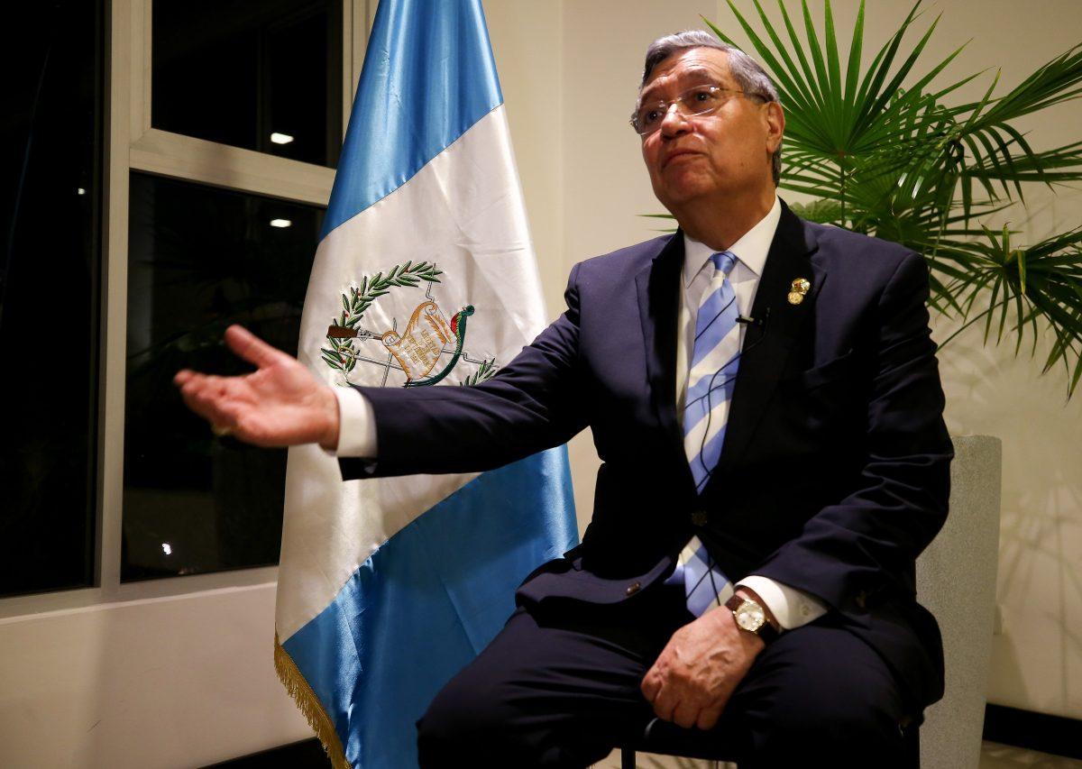 Jafeth Cabrera contradice a Degenhart y reconoce que Guatemala no tiene capacidad para ser un país seguro de migrantes