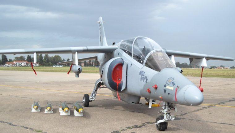 El avión IA-63 Pampa. (Foto Prensa Libre: Zona Militar).