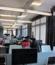 Dentro de una incubadora, un proyecto empresarial aprende a dar sus primeros pasos para que al cabo de un periodo, pueda salir al mercado e independizarse, un ejemplo es el Polsky Center de Chicago, en EE. UU. (Foto Prensa Libre: N. Gándara)