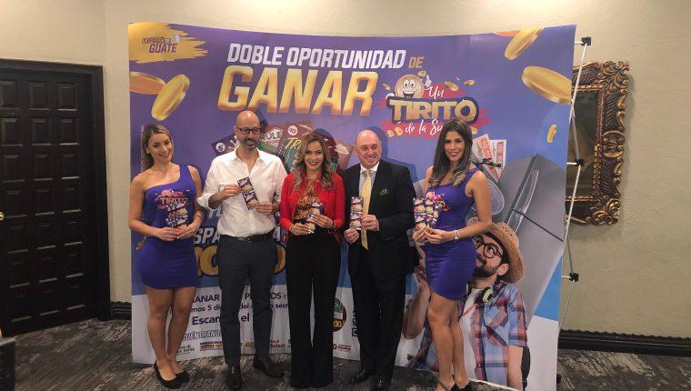 Personeros de La Lotería de Guatemala presentaron las dos nuevas opciones de ganar dinero en efectivo y muchos premios más. Foto cortesía