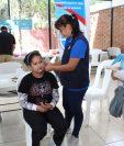 En el Benemérito Comité Pro-Ciegos y Sordos se realizó la donación de los auxiliares auditivos. Foto Norvin Mendoza