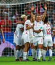 Las jugadoras inglesas celebran el 0-3 durante el partido por los cuartos de final de la Copa Mundial Femenina de la Fifa 2019. (Foto Prensa Libre: EFE)