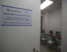 Estudiantes de medicina efectúan investigaciones en el HRO pero carecían de un espacio para reunirse así como de un comité de bioética. (Foto Prensa Libre: María Longo)