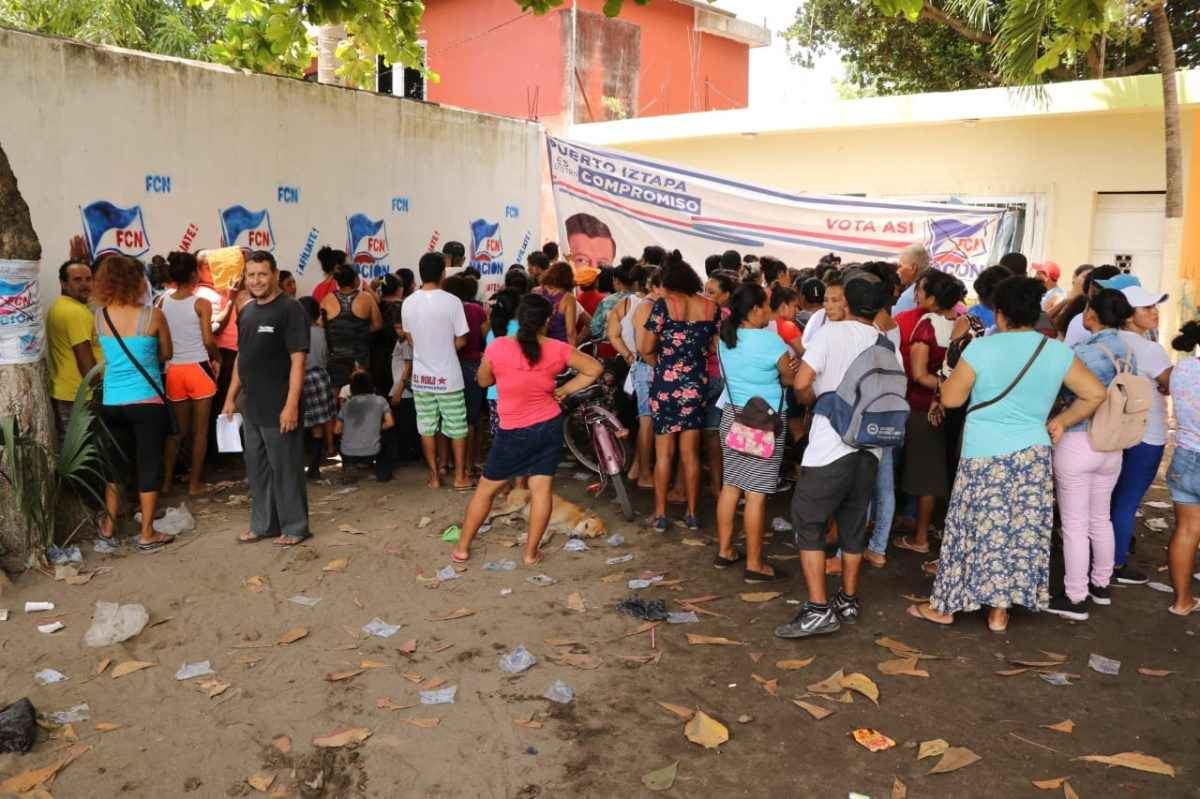 Gobierno continúa entregando cupones de alimentos a cinco días de las elecciones