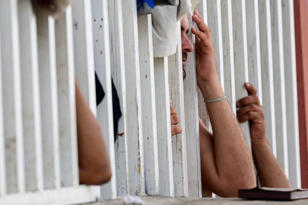 Los migrantes de Centramerica se ven en un refugio católico en Tapachula, estado de Chiapas, México. Foto Prensa Libre: AFP