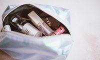 Cada mes dedique un breve tiempo para revisar sus cosméticos y asegurarse de que su estado es óptimo. (Foto Prensa Libre: Servicios)