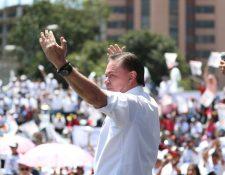 Mario Estrada Orellana, excandidato a la presidencia por la UCN, durante el lanzamiento de su campaña en 2019. (Foto Prensa Libre: Hemeroteca PL)