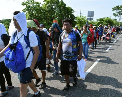 Hasta ahora, ninguna legislación o acuerdo ha disminuido la ola de migrantes. Desplazados en Tapachula, México. (Foto Prensa Libre: EFE)