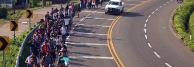 Miles de hondureños y salvadoreños cruzando Guatemala en su camino a México y luego a Estados Unidos. (Foto Prensa Libre: Hemeroteca PL)