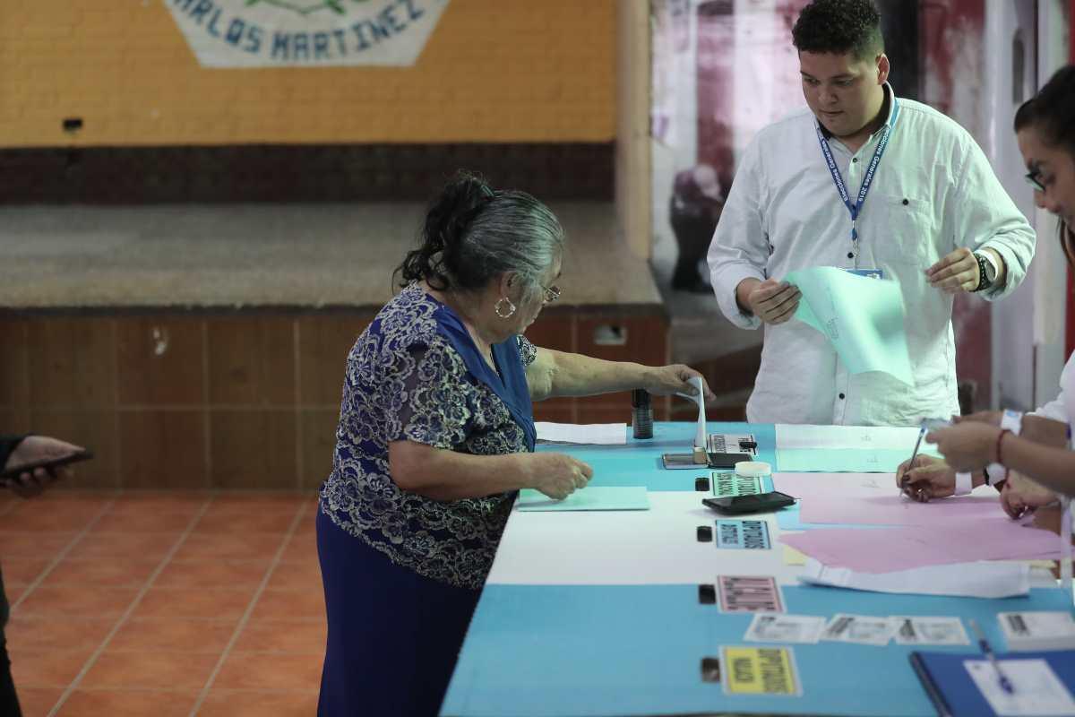 """TSE: """"Hay una intencionalidad de desgastar el proceso electoral"""""""