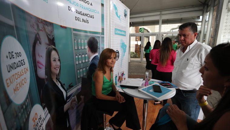 La franquicia Fraiche de origen mexicano participó en el Encuentro Internacional de Franquicias en Guatemala. (Foto Prensa Libre: Raúl Juárez)