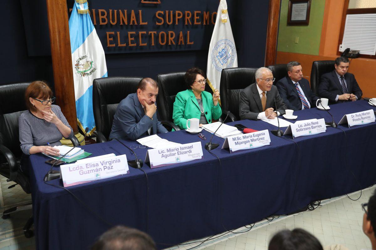 Partidos continuarán revisión de actas, pese a que proceso no tendrá repercusión en resultados