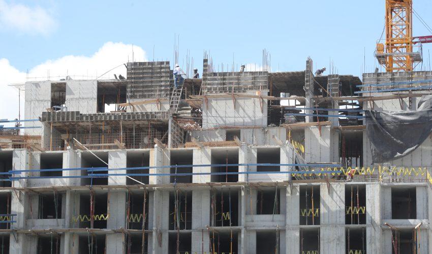La cartera de créditos para el sector construcción de vivienda podría crecer a 10% según los pronósticos del sector bancario. (Foto Prensa Libre: Hemeroteca)
