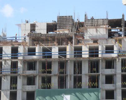 El sector de construcción de vivienda vertical en Guatemala está creciendo, que es atribuido a una mayor demanda. BAM atenderá este segmento, con el préstamo que recibió de IFC. (Foto Prensa Libre: Hemeroteca)