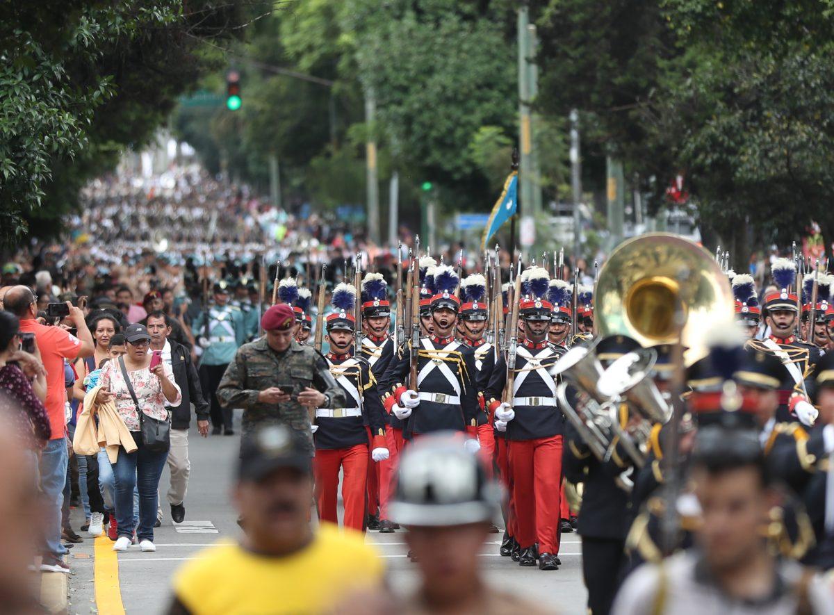 Fotogaleria: celebran Día del Ejército