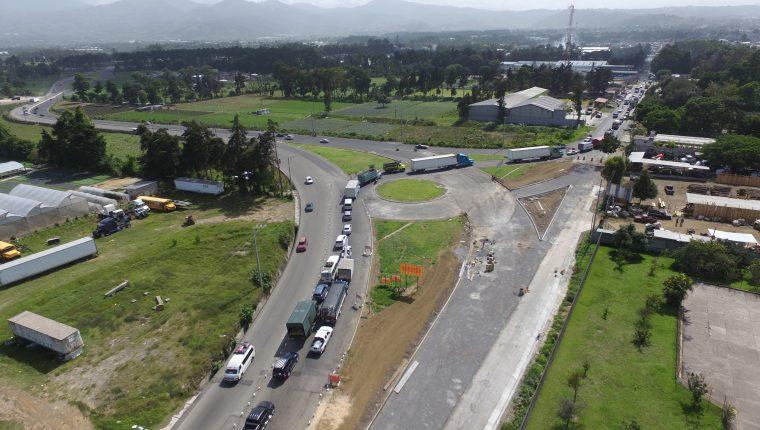 La infraestructura vial será uno de los ejes donde los partidos que van al bolate realizarán modificaciones en las asignaciones presupuestarias para 2020. (Foto Prensa Libre: Hemeroteca)