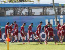 Los jugadores de la selección de Paraguay entrenan este sábado en le estadio Maracaná, un día antes de enfrentar a la selección de Qatar por la Copa América 2019. (Foto Prensa Libre: EFE).