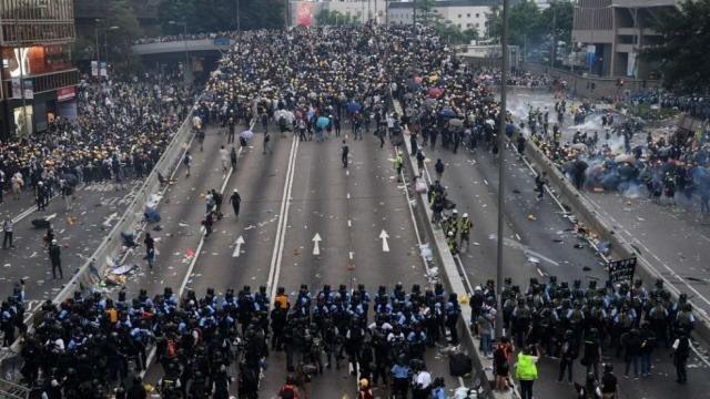 Escenario de las protestas en Hong Kong. (Foto Prensa Libre: Tomada del Twitter de @alertaNews24).