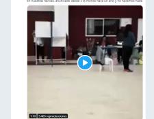 Cuenta de Twitter @politics_porn que replicó el video. (Foto Prensa Libre: Tomada de publicación de Confirmado).