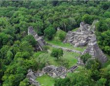 Los descansos largos son propicios para viajar a sitios como Tikal y varios sitios arqueológicos. (Foto, Prensa Libre. Inguat).
