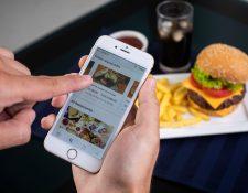 La aplicación Uber Eats analiza el comportamiento de sus usuarios a través del departamento de operaciones de cada país. (Foto Prensa Libre: Cortesía)