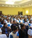 Los voluntarios juramentados resolverán dudas en los centros de votación y orientarán a las personas con capacidades especiales.(Foto Prensa Libre: Sucely Contreras)