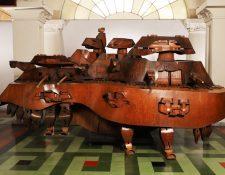 Música grande la obra que Efraín Recinos realizó en la década de 1970 y que será restaurada.  (Foto Prensa Libre: Museo Nacional de Arte Moderno Carlos Mérida).