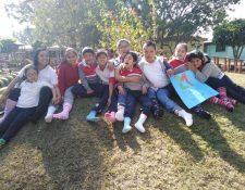 Alumnos del Instituto Neurológico de Guatemala. (Foto Prensa Libre: Jessica Ramírez)