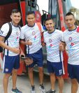 José Carlos García, Jorge Ortiz, Wilson Godoy y Juan Yax listos para afrontar una semana exigente de trabajos. (Foto Prensa Libre: Raúl Juárez)