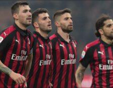 El Milan informa de que aceptó voluntariamente su exclusión de la Liga Europa. (Foto Prensa Libre: teamtalk)