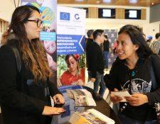 Los asistentes que no lleguen al nivel de inglés deseado para el empleo, se les dará la oportunidad de optar por una beca para el programa de inglés intensivo. (Foto Prensa Libre: Cortesía Agexport)