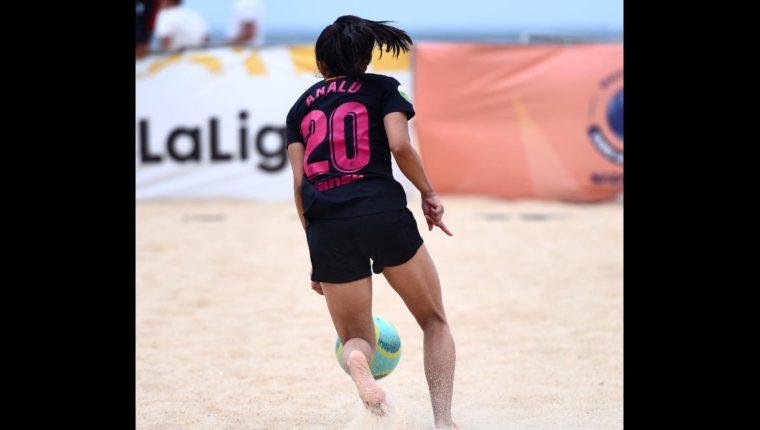 Ana Lucía Martínez anotó un gol en el triunfo del Madrid CFF. (Foto Prensa Libre: Madrid CFF).