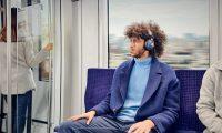 Los beneficio emocionales asociados al uso de audífonos son sorprendentes. (Foto Prensa Libre: Forbes)