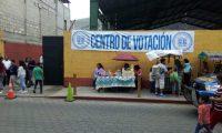 """El candidato también envió un mensaje a Torres: quiere un """"Giammattei Challenge"""", que consiste en celebrar un debate televisivo con la presidenciable de la UNE. (Foto Prensa Libre: Hemeroteca PL)"""