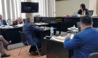 """""""Acepto los hechos"""", dijo el abogado William René Méndez cuando se declaró culpable ante la jueza Erika Aifán. (Foto Prensa Libre: Kenneth Monzón)"""