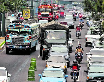 El 42% de los propietarios de vehículos han realizado el pago del ISCV, informó la SAT. (Foto Prensa Libre: Hemeroteca)