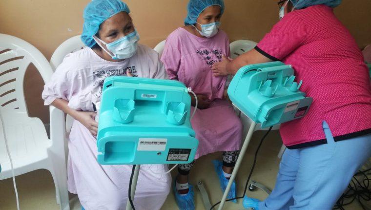 La donación de leche materna beneficia a neonatos que se encuentran internados en los hospitales. (Foto Prensa Libre: Cortesía Hospital Roosevelt)