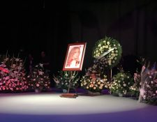 Familiares, amigos, compañeros y admiradores despidieron a la actriz Edith González, quien falleció víctima de un cáncer. (Foto Prensa Libre: twitter.com/DianaGa68422909)