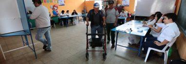 El Mineduc cederá 1 mil 907 centros educativos para que se conviertan en centros de votación este domingo. (Foto Prensa Libre: Hemeroteca PL)