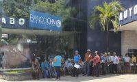 Los expac realizaron el cobro programado. (Foto Prensa Libre: Dony Stewart)