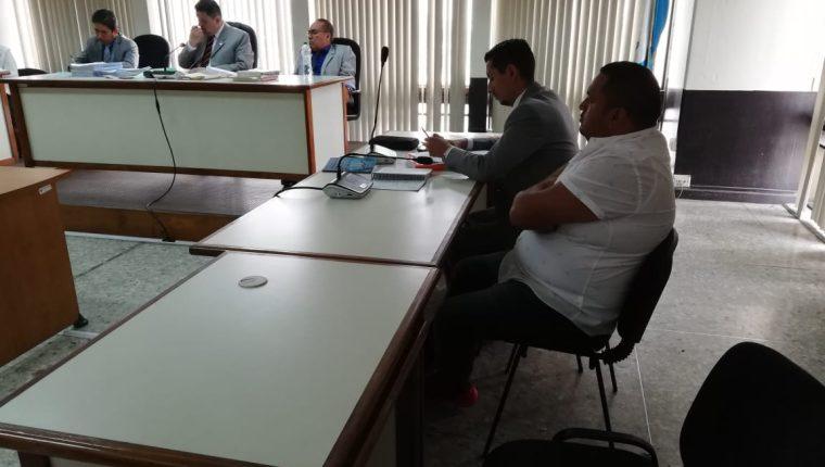 El guía turístico Ángel Rodolfo Zumba Cajamarca aceptó ser extraditado a su país de origen, Ecuador. (Foto Prensa Libre: Kenneth Monzón)