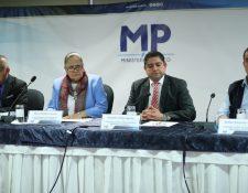 Funcionarios del Ministerio Público en conferencia de prensa. (Foto Prensa Libre: Érick Ávila).