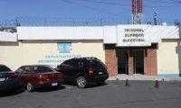 Sede de informática del Tribunal Supremo Electoral que fue allanada por el MP. (Foto Prensa Libre: Érick Ávila)