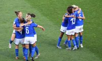 Italy's players celebrate at the end of the France 2019 Women's World Cup round of sixteen football match between Italy and China, on June 25, 2019, at La Mosson stadium in Montpellier, south western France. (Photo by Boris HORVAT / AFP)