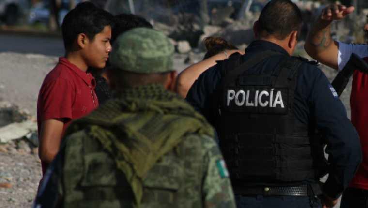 Elementos de la Guardia Nacional y Policías Estatales vigilan constantemente las fronteras de México. (Foto Prensa Libre: EFE)