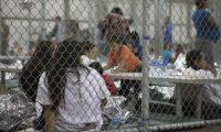 """Abogados denunciaron en junio que los niños migrantes son tratados """"peor que animales"""" en los albergues fronterizos. (Foto Prensa Libre: AFP)"""