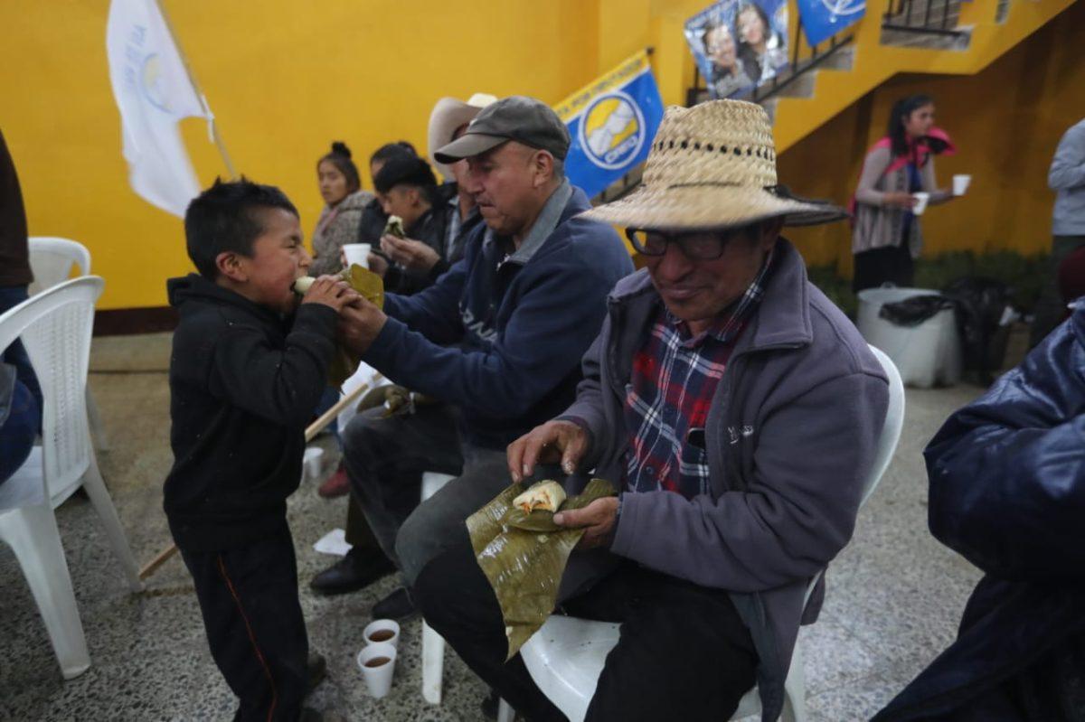 Julio Héctor Estrada pide una oportunidad para estar en la segunda vuelta electoral