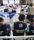 El conteo de votos comienza con la vigilancia de varias entidades. (Foto Prensa Libre: Érick Ávila).