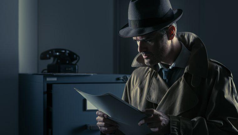 En este tipo de literatura, a través de la observación, el análisis y la deducción se busca encontrar la identidad del autor de un crimen y su móvil. (Foto Prensa Libre: Servicios)